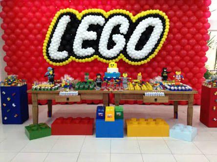 Resultado de imagem para decoração de festa infantil lego movie