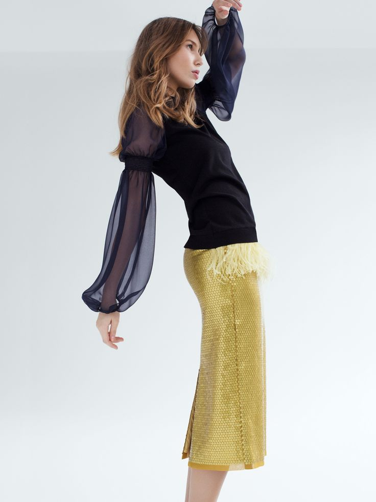 Mira - pencil skirt, made of embroidered fabric from Jakob Schlaepfer with matte sequins - Swiss made
