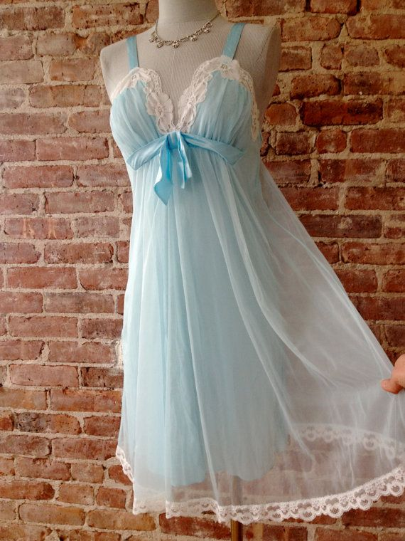 Size 32 - KAYSER Vintage Nightgown - 1950s Nightie - Lace Baby Doll - Mad Men…