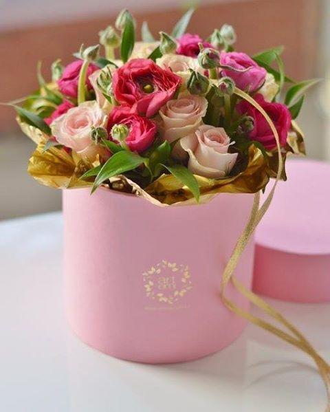 ARTEMI www.artemi.com.pl kwiaty, bukiet, podziękowania dla rodziców, flowerbox