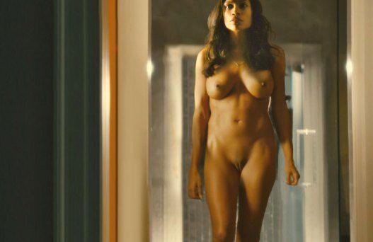Rosario Dawson desnuda en Trance 2