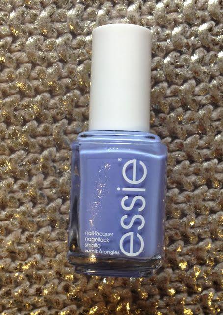 Max The Unicorn: Manicure: Essie 'Bikini So Teeny'!