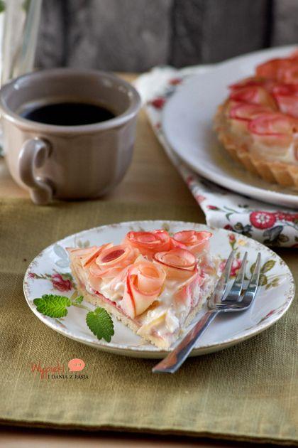 Tarta z różami z jabłek - na Dzień Kobiet