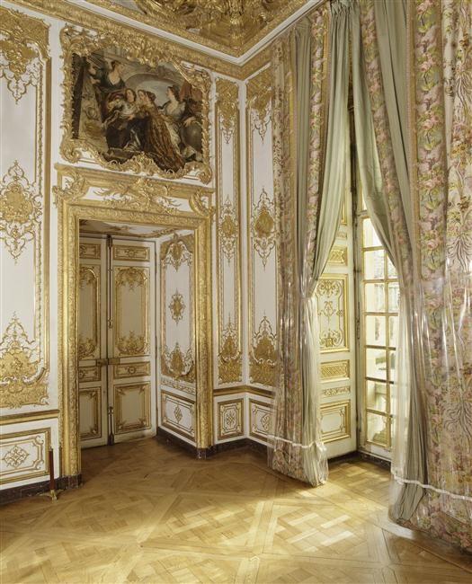 The Queen's bedroom                                                                                                                                                                                 More