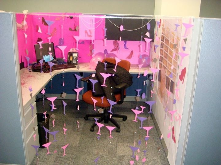 21 best cubicle office decorations images on pinterest for Creative cubicle ideas