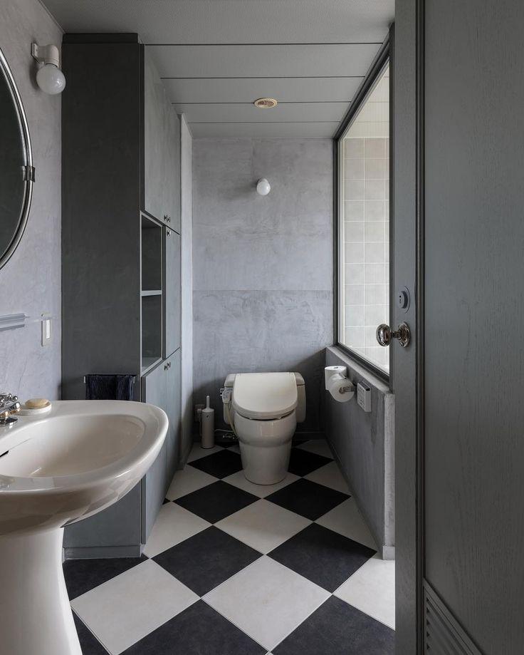 パーフェクトな色づかいと床、壁の質感。一番奥の壁はモールテックスで。市松模様の床もかっこいい!#cliphouse #エンジョイワークス #逗子 #リノベーション #マンション #石井佳苗