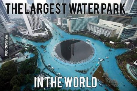The largest water park... Jakarta water festival