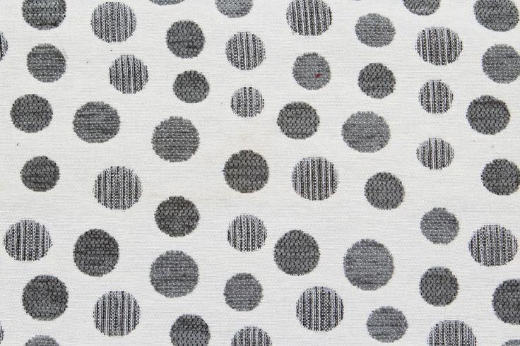 Tela INDRA con estampados de lunares de color gris para tapicería