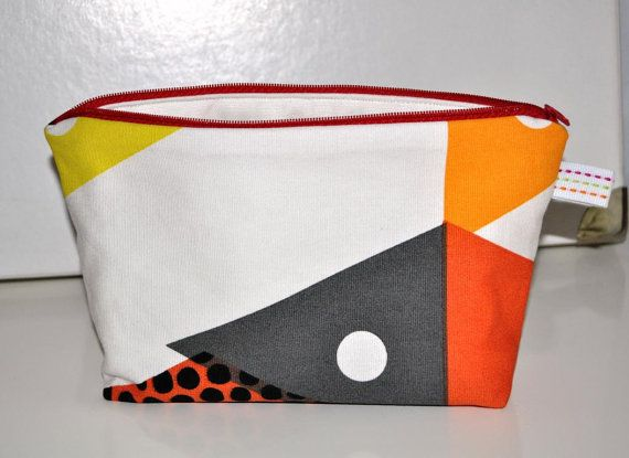 Zipper bag cosmetic bag with graphic pattern and zipper