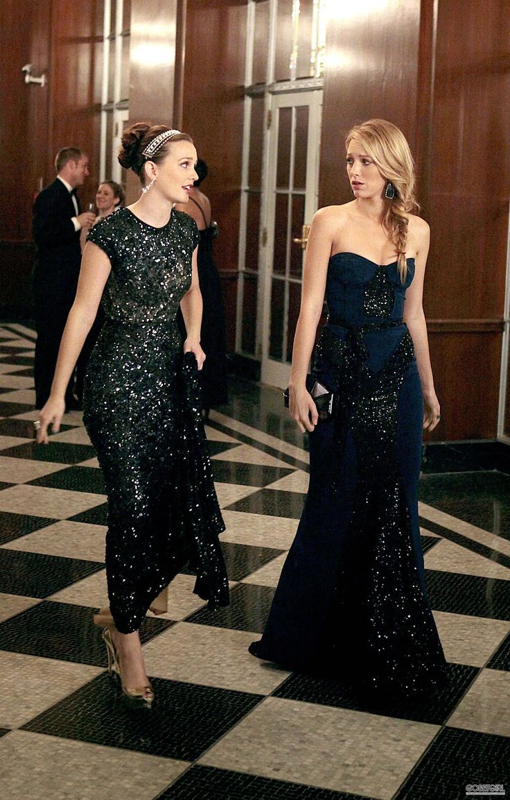 Blair and Serena in too much sparkle, very radiant...  Gossip Girl