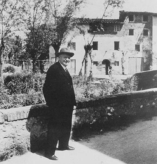 Giuseppe Ungaretti a Lucca nel 1958.