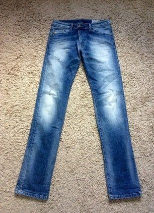 À vendre sur #vintedfrance ! http://www.vinted.fr/mode-hommes/jeans/35690330-jeans-diesel-regular-slim-homme
