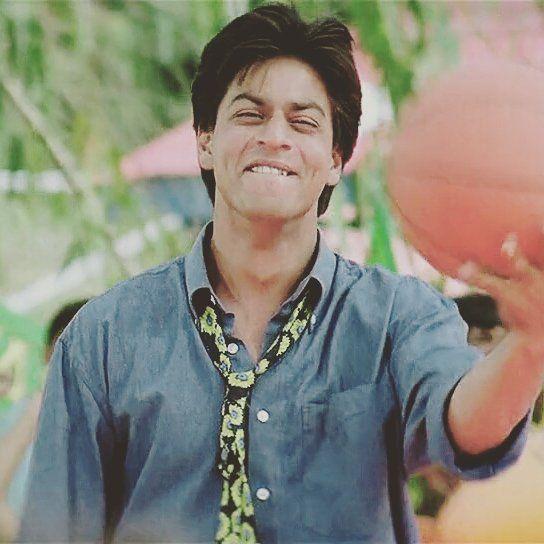#SRK #SHAHRUKHKHAN #KINGOFBOLLYWOOD #KINGKHAN #bollywood #kuchkuchhotahai #KKHH #SMILE #CUTE #dimples