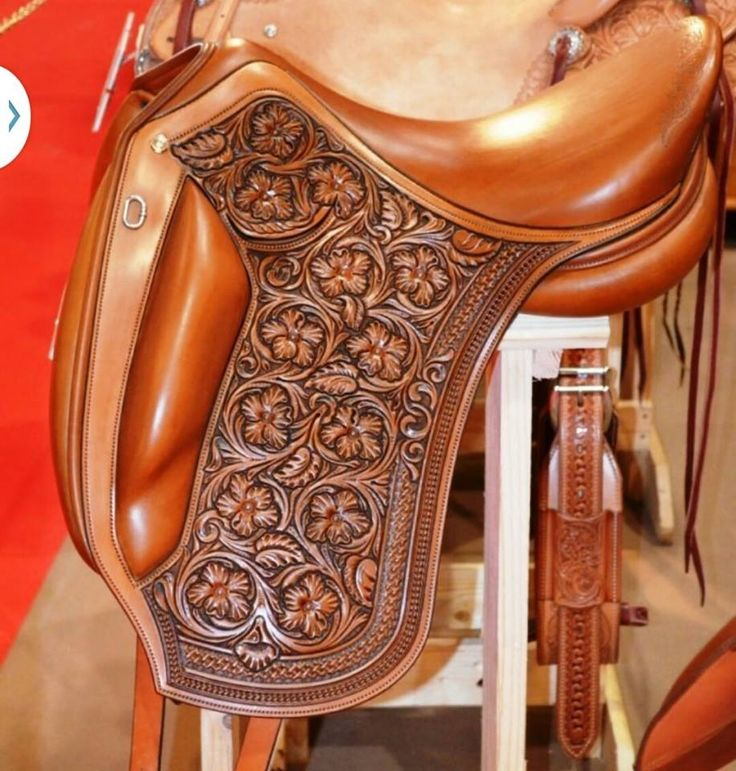 Beautiful English Dressage Saddle