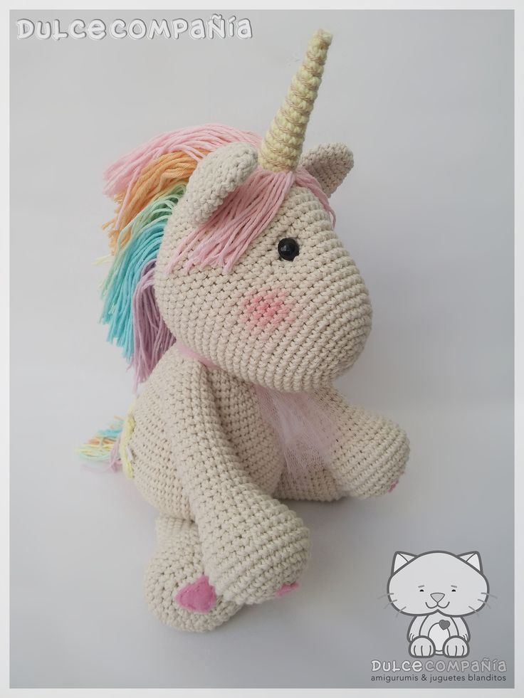 #unicornio #arcoiris #colores #estrellas #amor #magia #hechoamano #hechoconamor #unicorn #rainbow #colors #stars #love #magic #handmade #madewithlove #amigurumi #crochet #ganchillo #tejeresmisuperpoder #crocheting #crochetinglove #crochetingisfun
