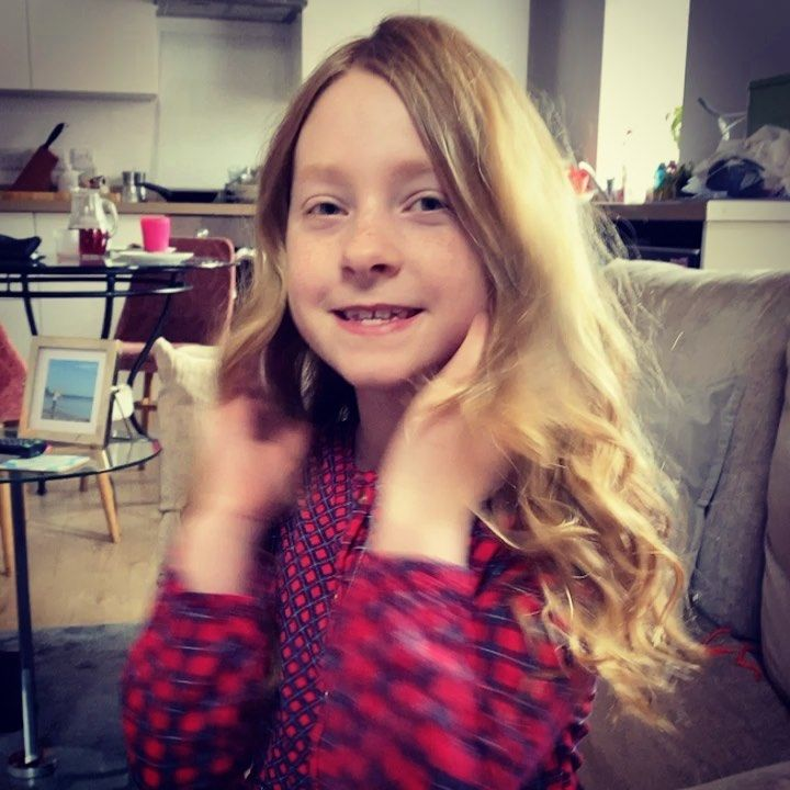 Last Night After The Usual Routine I Part Dried Isabella S Hair Then Attempted The Dressing Gown Heatless Curls Overnight Curls For The Girls Heatless Curls