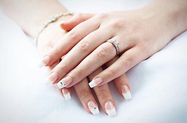 Liten detaljbild från ett bröllop  #bröllop #vigselring #Wedding #weddingring #detaljer