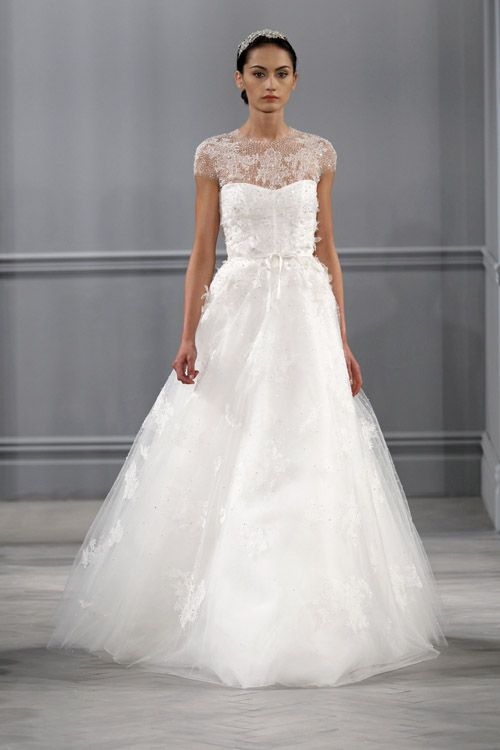 Monique Lhuillier wedding dress from the spring 2014 bridal collection | via junebugweddings.com