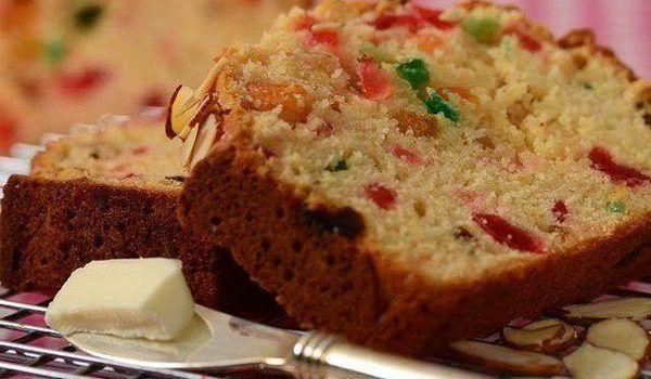 Ελαφρύ κέικ φρούτων