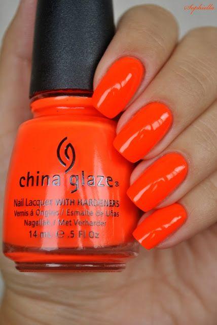 "China Glaze ""Orange Knock Out"" (Neon) Fantastic Summer Colour! Fabulous for toenail polish/Paint fingernails with a nice coral or peach."