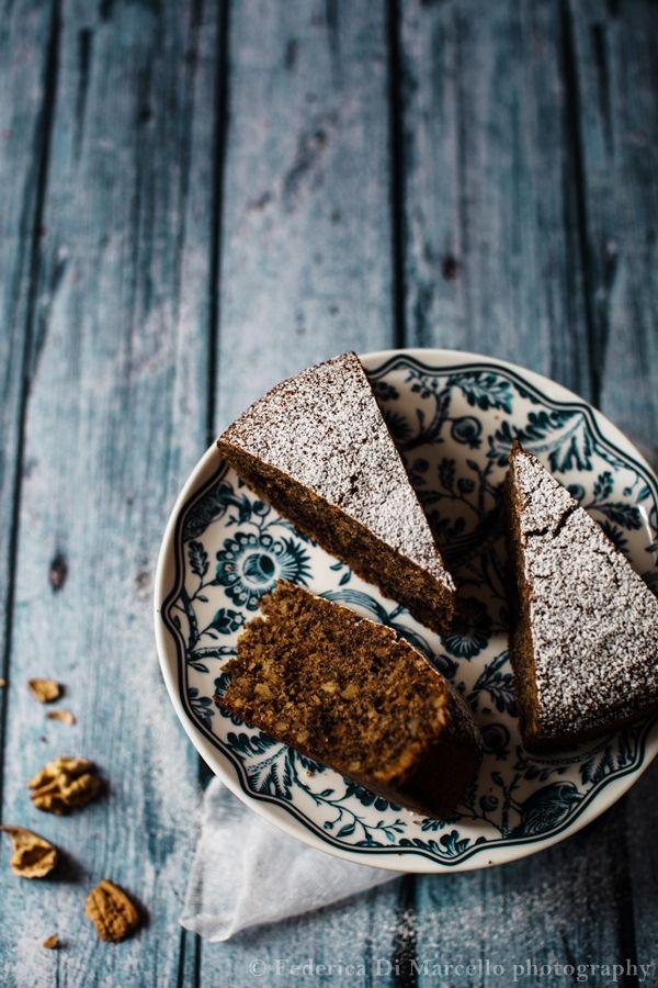 Torta alle noci e cioccolato gianduia - Walnut gianduja cake