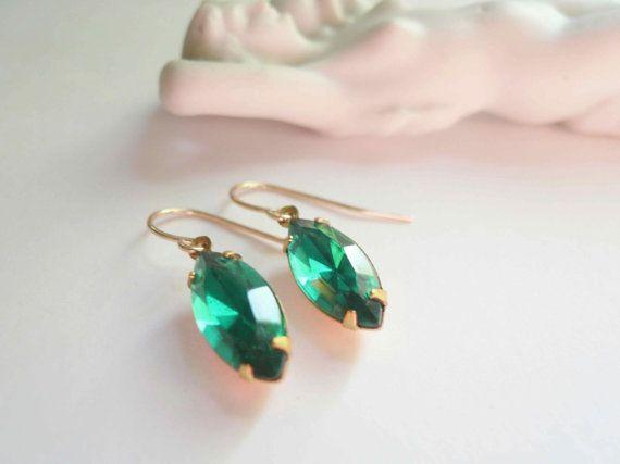 Emerald earrings Green earrings Green glass earrings by minusOne