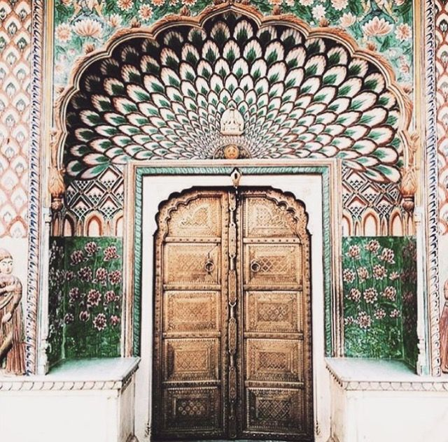 This Pin was discovered by An Explorer's Heart - Style & Travel Blog. Discover (and save!) your own Pins on Pinterest.