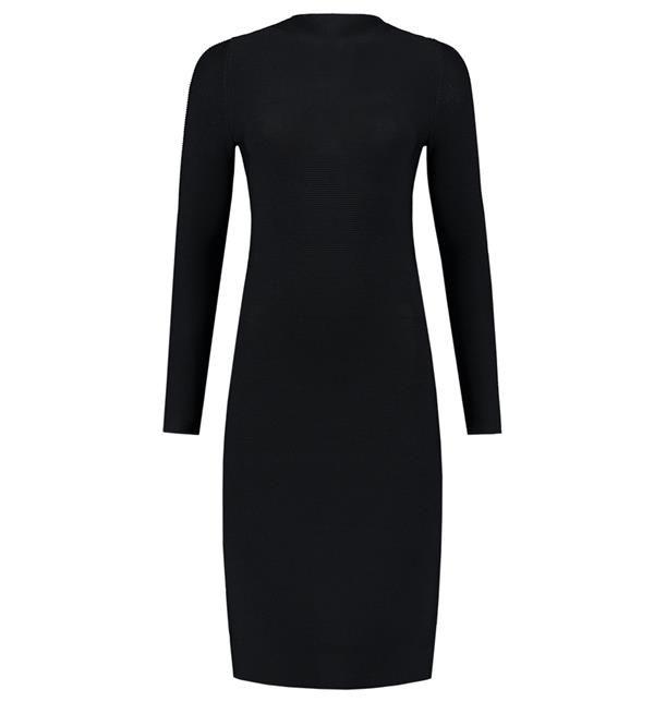 Nikkie jurk Jaleesa Dress. Uni aansluitende jurk met rits aan de achterzijde. Draag hem met stoere boots voor overdag en in de avonden met een high heel.