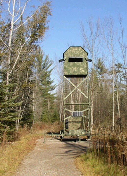 1000 images about tree stand ideas on pinterest for Deer hunting platforms