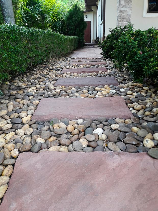 Kamienie W Ogrodzie Jak Udekorowac Ogrod Garden Steps Walkway Backyard
