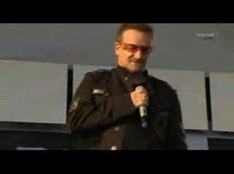 ▶ Herbert Grönemeyer und Bono - Mensch - YouTube.................Bono in German language.....so beautiful.....