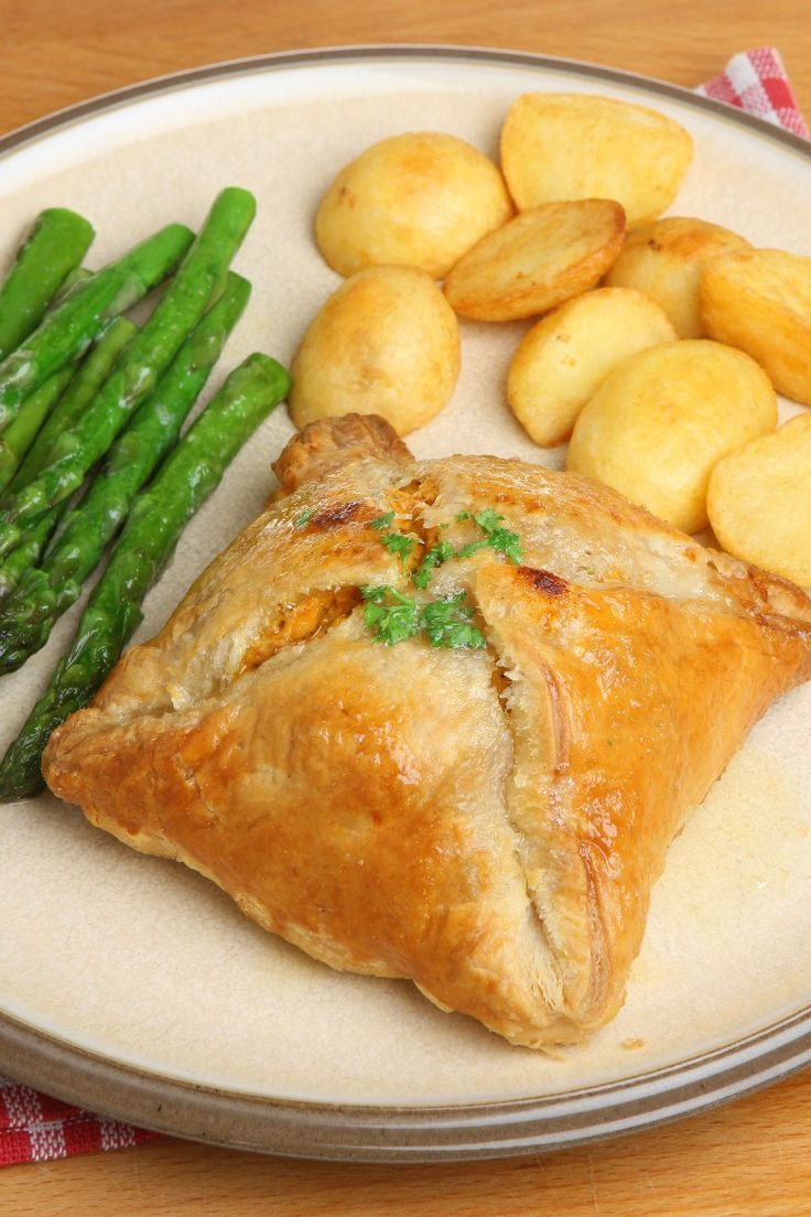 Chicken Puffs Recipe with Garlic and Cream Cheese. Made with Crescent Roll Dough!