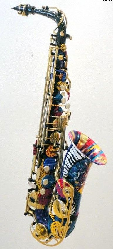 Juleez Custom Painted Saxophone --- https://www.pinterest.com/lardyfatboy/