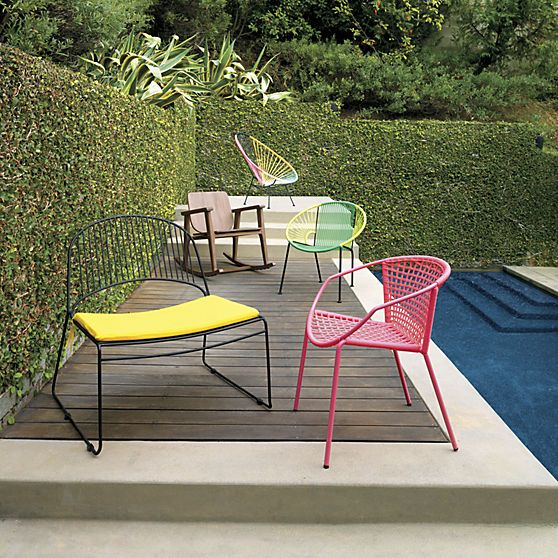 Modern Outdoor Furniture   Colorful Outdoor Tables And Chairs