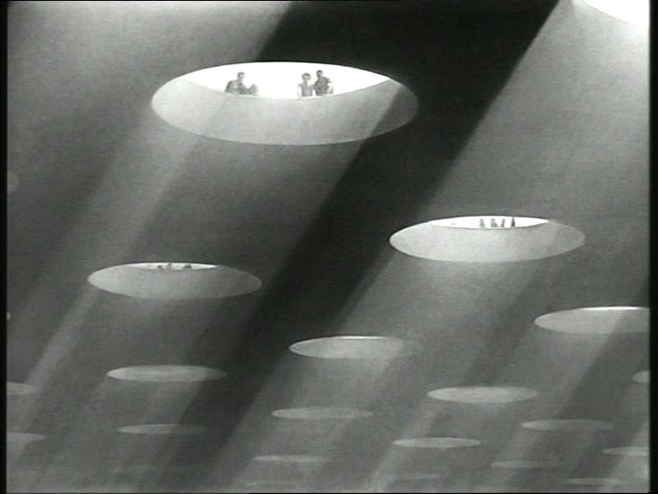 A Matter of Life and Death (1946): heaven