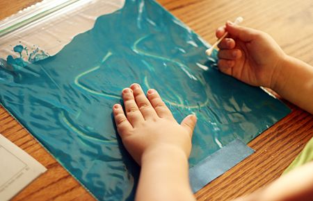 A set of easy to follow activities, all with a sensory, fine motor development focus. Five ideas that use texture and manipulation skills in a fun way.