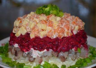 Самые вкусные рецепты: Слоеный салат «Наваждение»