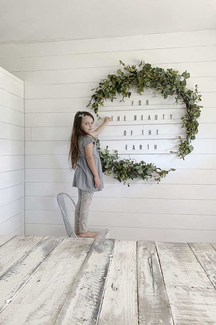 How To Make An Oversized Letter Board Wall + DIY Giant Holiday Wreath