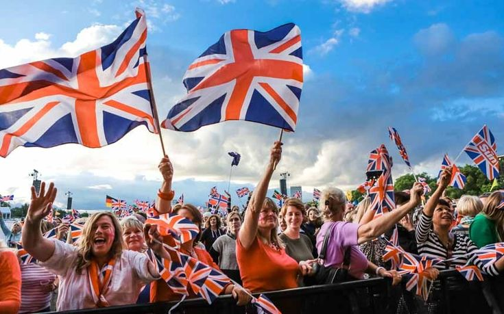 Ben Lawrence reviews this year's Proms in the Park, for which the kaleidoscopic lunacy of the audience proved more interesting than the acts themselves.