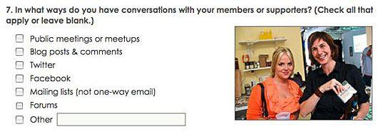 Las 5 mejores herramientas para crear encuestas on-line / 5 top online survey tools for nonprofits