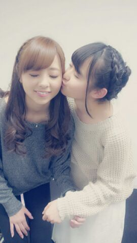 乃木坂46 (nogizaka46) Kawamura Mahiro (川村真洋) Ito Marika (伊藤万理華)