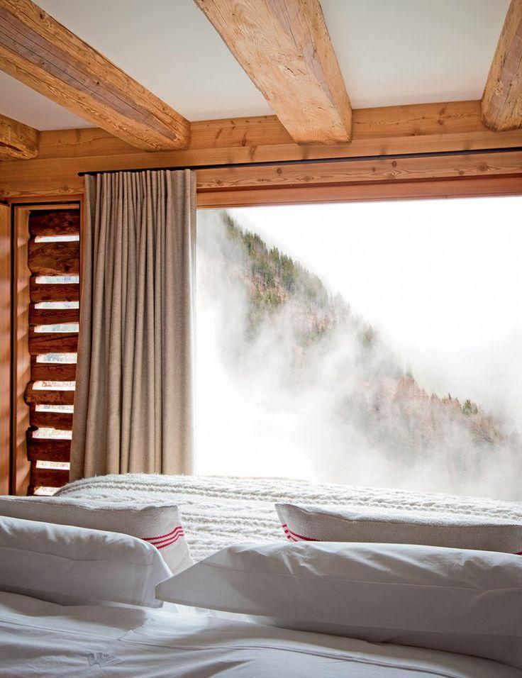 Chambre avec vue : Une seconde vie pour des chalets traditionnels en Suisse - Marie Claire Maison