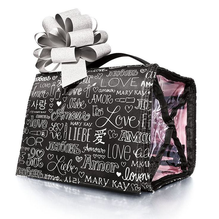 Get ready for holiday travel and holiday gift giving with the Discover What You Love Travel Roll-Up Bag. This is a great gift for the traveler in your life. Fill it up with Mary Kay brushes, a favorite Mary Kay eye color and travel size shampoo to get them started!