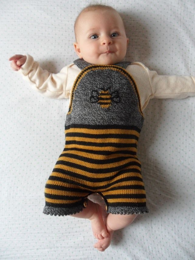 Bumble Bee Knitted Romper, Bodysuit, Shortall black, yellow and grey 0-6 Months