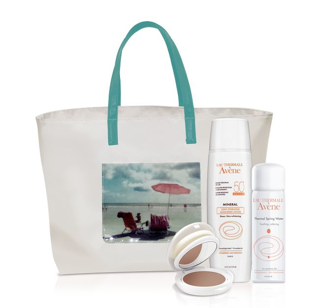 Looks good?... Avene face and body sunblock, cream to powder SPF 50 compact, Avene Therapeutic spray water to keep you cool, all that in a free beach tote.‪#‎magdalenaesthetician‬ ‪#‎mineralsunblock‬ ‪#‎Avenespringwater‬