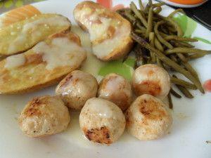 Boulettes-au-poulet-et-au-parmesan.5pp/6 boulettes