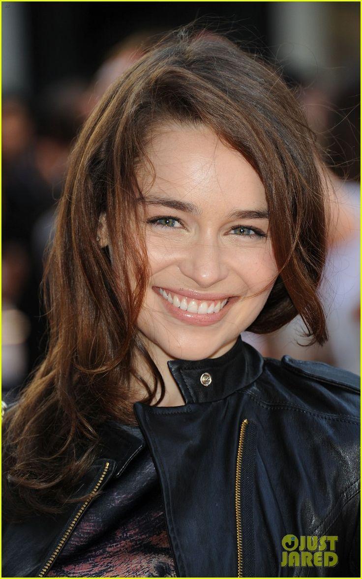 gorgeous smiling Emilia Clarke - Game of Thrones