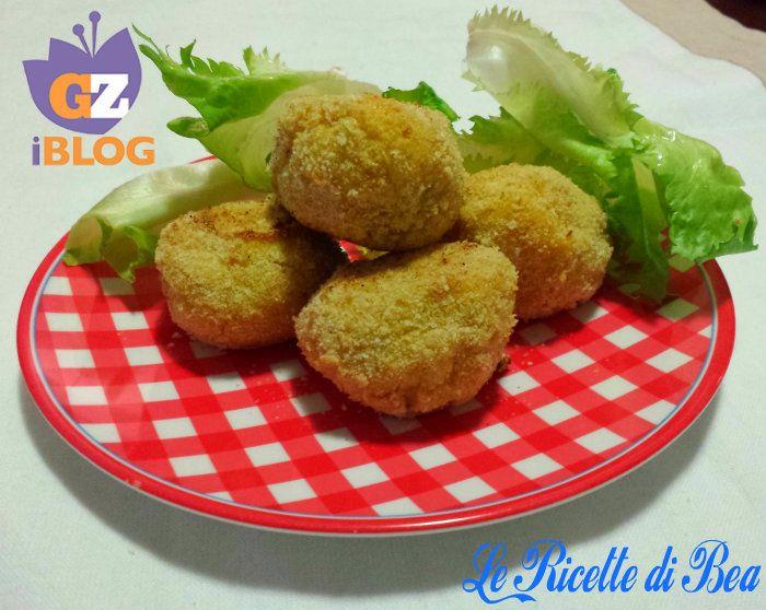 una #merenda particolare per noi, che può essere un ottimo #contorno per voi, le #polpette di #patate al forno croccantissime!! http://blog.giallozafferano.it/lericettedibea/polpette-di-patate-al-forno-croccanti/