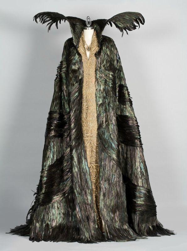 "la_gatta_ciara: Colleen Atwood. Costumes for the movie ""Snow White and the Hunter"""