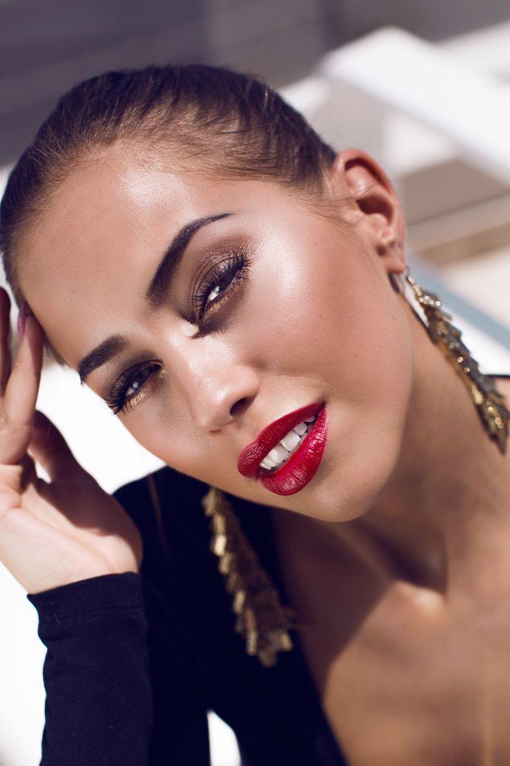 Makeup inspiration by Kenza Zouiten